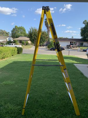 New 8' Fiberglass Ladder. Never used .250 lbs Load Capacity.$85 Firm. for Sale in Chino, CA