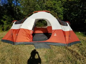 Coleman Red Canyon 8 Person Outdoor Family Camping Tent 17x10 for Sale in Belfair, WA