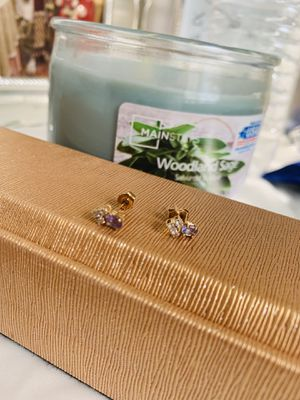 14k gold diamond tanzanite stud earrings for Sale in Washington, DC