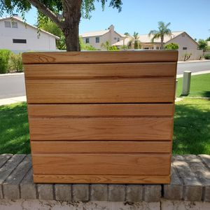 Dresser for Sale in Gilbert, AZ