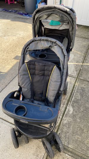 Twins Stroller for Sale in Brooklyn, NY