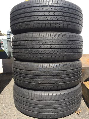 225/60/17 Kumho set of used tires in great condition 70% tread 200$ for 4 . Installation balance and alignment available. Road force balance availab for Sale in Union, NJ
