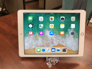 Apple iPad Air 16GB Excellent condition for Sale in Union City, CA