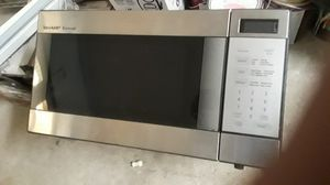 Sharp microwave for Sale in St. Petersburg, FL