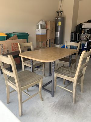 Gently used driftwood table and chairs for Sale in Carrollton, TX