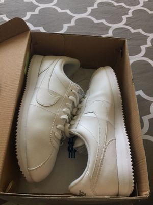 Men's Nike Cortez shoes size 10 for Sale in Bronx, NY