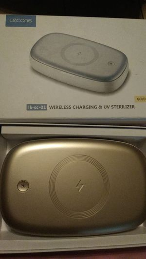 Lecome wireless charging and UV sterilizer Gold color for Sale in Las Vegas, NV