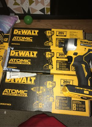 Dewalt Atomic brushless compact series 20v 1/4 impact drill KIT for Sale in Antioch, CA