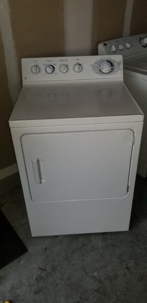 Whirlpool washer and dryer for Sale in Haines City, FL