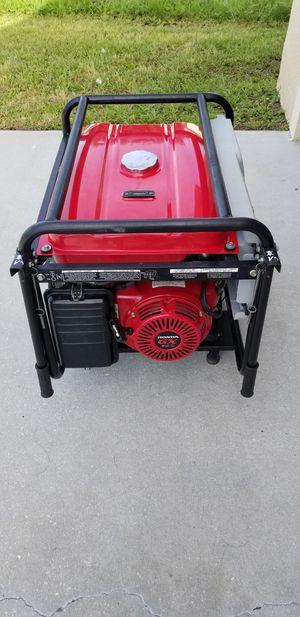 Honda Generator 7000 Continuous watts 8750 maximum watts like new for Sale in Kissimmee, FL