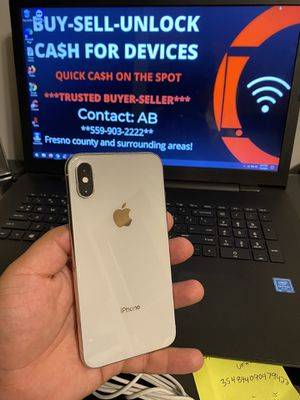 iPhone XS Factory Unlocked 64gb Silver for Sale in Selma, CA