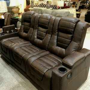 Brown Microfiber Power Reclining Sofa w/arm storage and outlets for Sale in Portland, OR