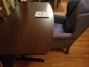 Nice table and chair for office for Sale in Falls Church, VA
