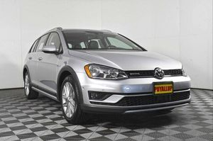 2017 Volkswagen Golf Alltrack for Sale in Puyallup, WA