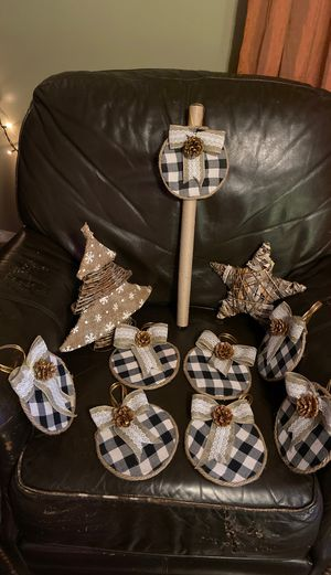 Christmas tree decoration for Sale in Riverside, CA