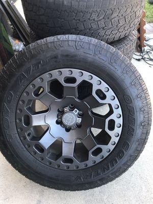 Black Rhino tires and rims p265/65R18 for Sale in Alta Loma, CA