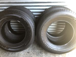 Bridgestone Dueler HT 245/75/17 year 2020 for Sale in Hialeah, FL