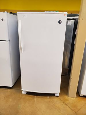 Whirlpool Upright Freezer for Sale in City of Industry, CA