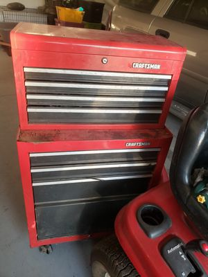 Craftsman roller with top chest and tools for Sale in Uniontown, OH