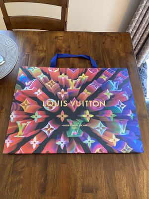 Louis Vuitton 2019 Holiday Limited Edition Shopping gift bag. 3D 23x17x10 for Sale in Woodside, CA