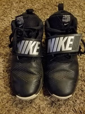 Boys Nike Shoes 6.5Y for Sale in Brookfield, WI