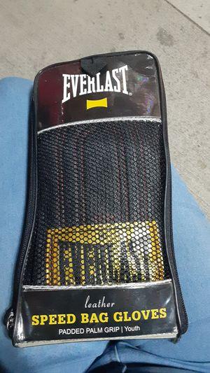 Everlast speed bag gloves for Sale in San Antonio, TX