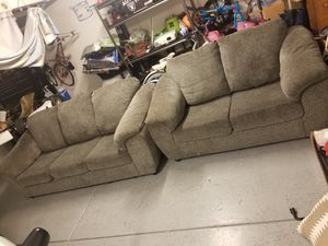 Grey couch & love seat set for Sale in Anaheim, CA