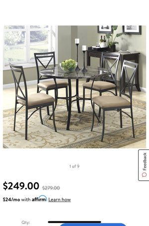 Round Kitchen table set for Sale in Centreville, VA