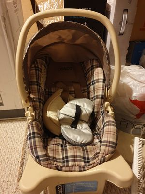 Cosco Infant Car seat and stroller for Sale in West Chester, PA