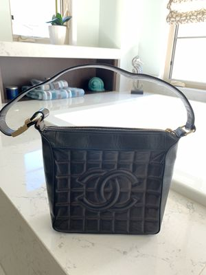 Chanel Lambskin Quilted Chocolate Bar Tote Bag for Sale in San Diego, CA