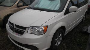 2012 dodge grand caravan SXT for Sale in Houston, TX