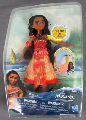 Disney Moana 10'' Doll Toy Light Up Necklace Musical Sings for Sale in Ventura, CA