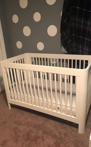 White Baby crib for Sale in Nashville, TN