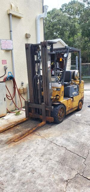 Caterpillar forklift for Sale in Hialeah, FL