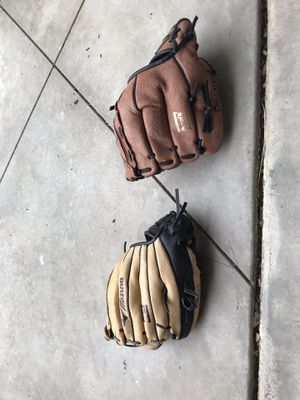 "Mizuno 10"" leather baseball or T-ball gloves for Sale in Santa Ana, CA"
