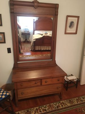 Antique Dresser with mirror for Sale in Shelbyville, TN