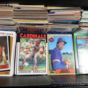 500+ Old Baseball Card Box Found. for Sale in Shalimar, FL