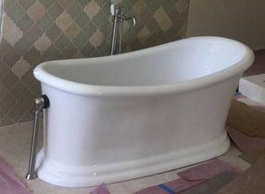 "Mallory 68"" Acrylic Slipper Tub for Sale in Davie, FL"