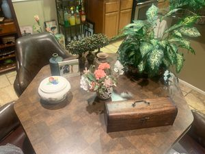 Lisa's Home Decor special $85 for Sale in Moreno Valley, CA