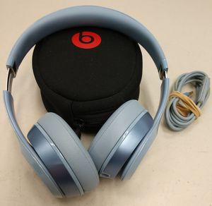 Beats by Dre Headphones w / case - Parts for Sale in Fife, WA