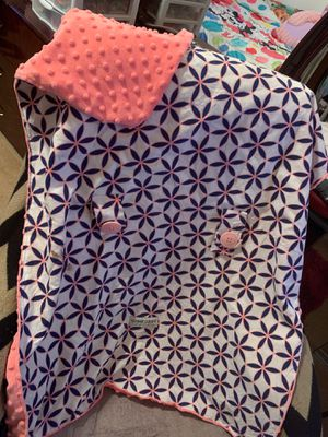 Baby girl car seat cover for Sale in Carson, CA