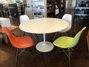 Kitchen Dining Set 5 pieces for Sale in Las Vegas, NV