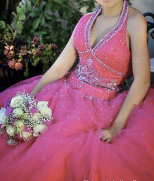 Quince / quinceañera / sweet 16 / ball gown dress for Sale in San Diego, CA