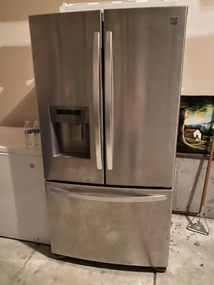 Kenmore Refrigerator for Sale in Derby, KS