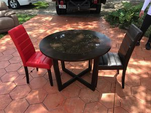 Dining table for two for Sale in Hialeah, FL