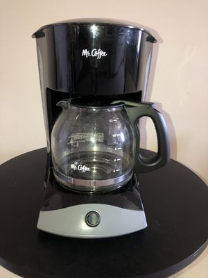 Mr. Coffee Switch 12-Cup Coffee Maker - Black for Sale in Los Angeles, CA