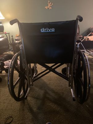 Drive Sentra 600 lb wheelchair for Sale in Port Orchard, WA