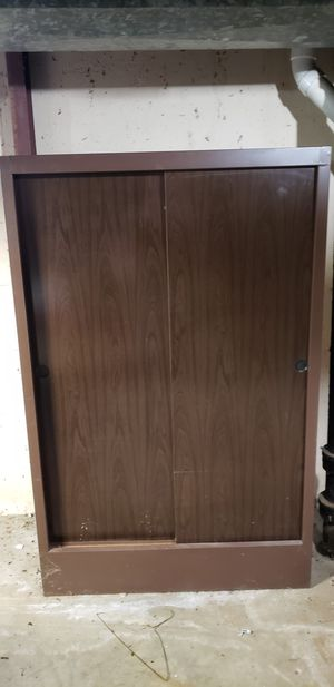 Storage Cabinet/Wardrobe for Sale in Kansas City, MO