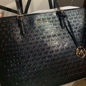 Michael kors bag for Sale in Egg Harbor Township, NJ