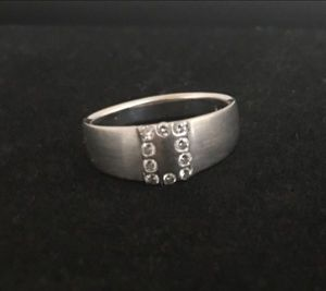 Men's Ring designed by Sholdt, 18k white gold with diamonds. A Must See! $425 OBO for Sale in East Hampton, CT